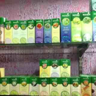 Safa beauty stores