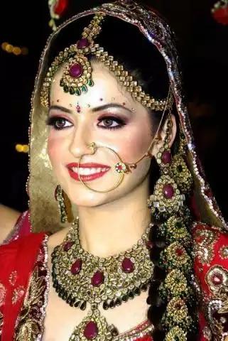 Pooja Beauty Parlor