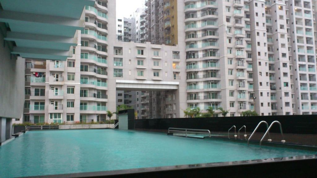 West Temple Apartments