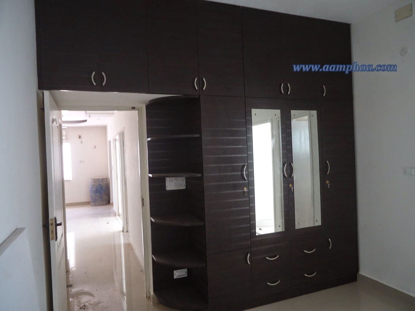 Images aamphaa showroom in chennai for Bedroom designs tamilnadu