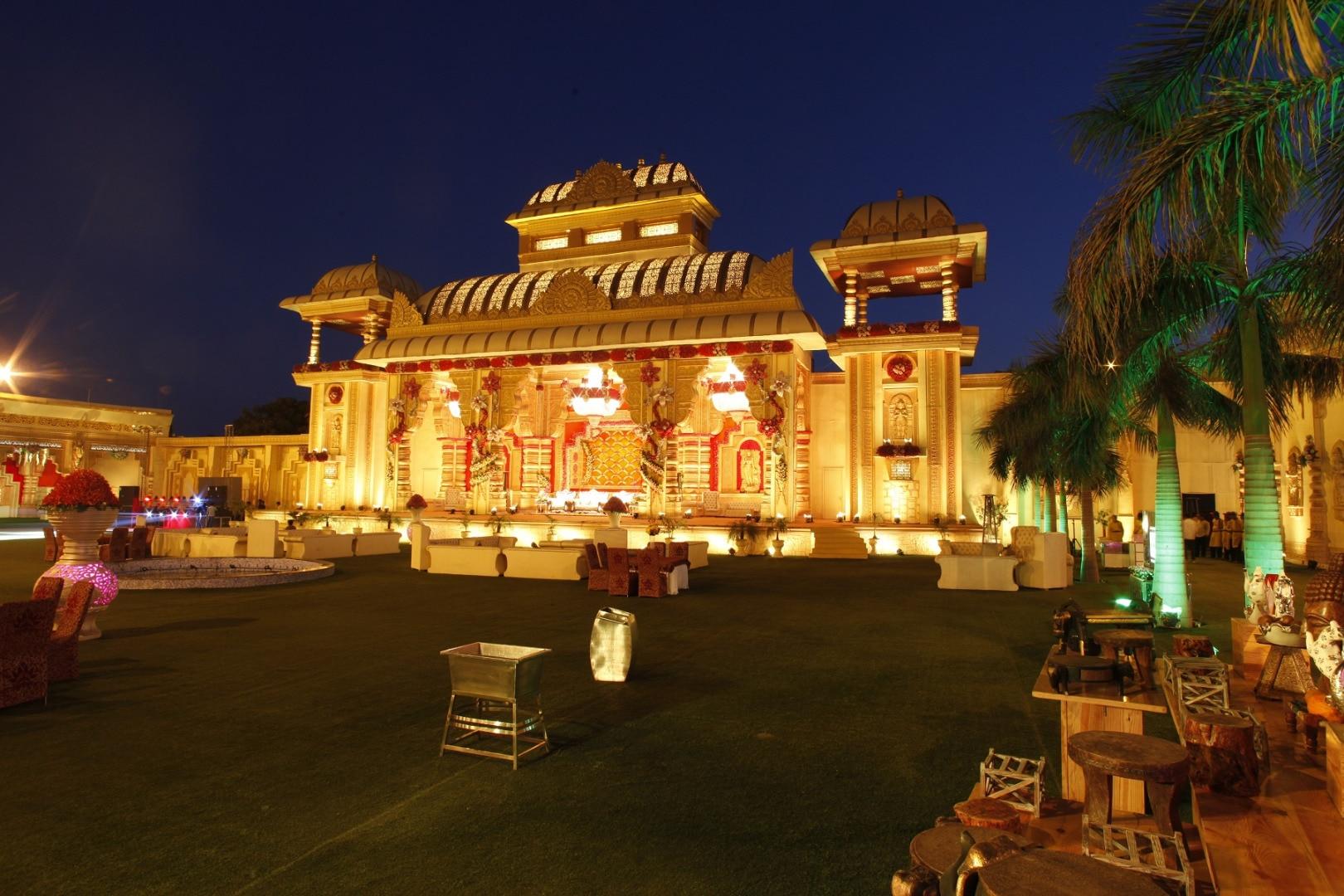 Wedding venues at gt karnal road delhi