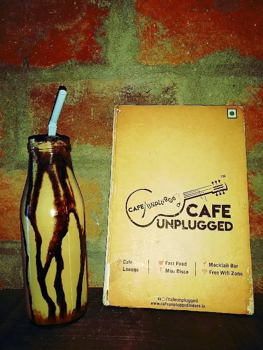 Cafe Unplugged