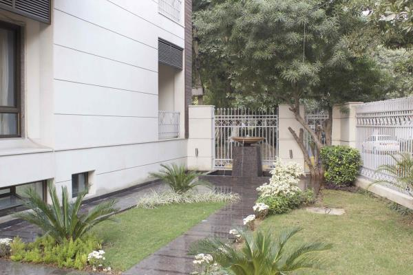 Stately Suites, Business Hotel & Guesthouse in MG Road Gurgaon