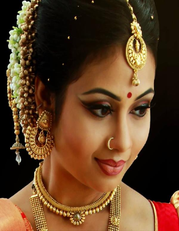 Top Cine Bridal Makeup