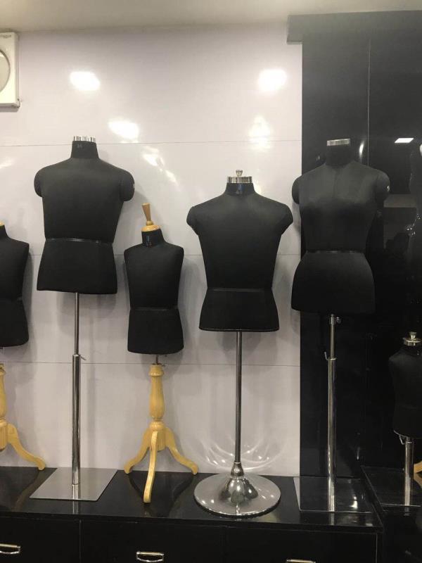 Unique Mannequins