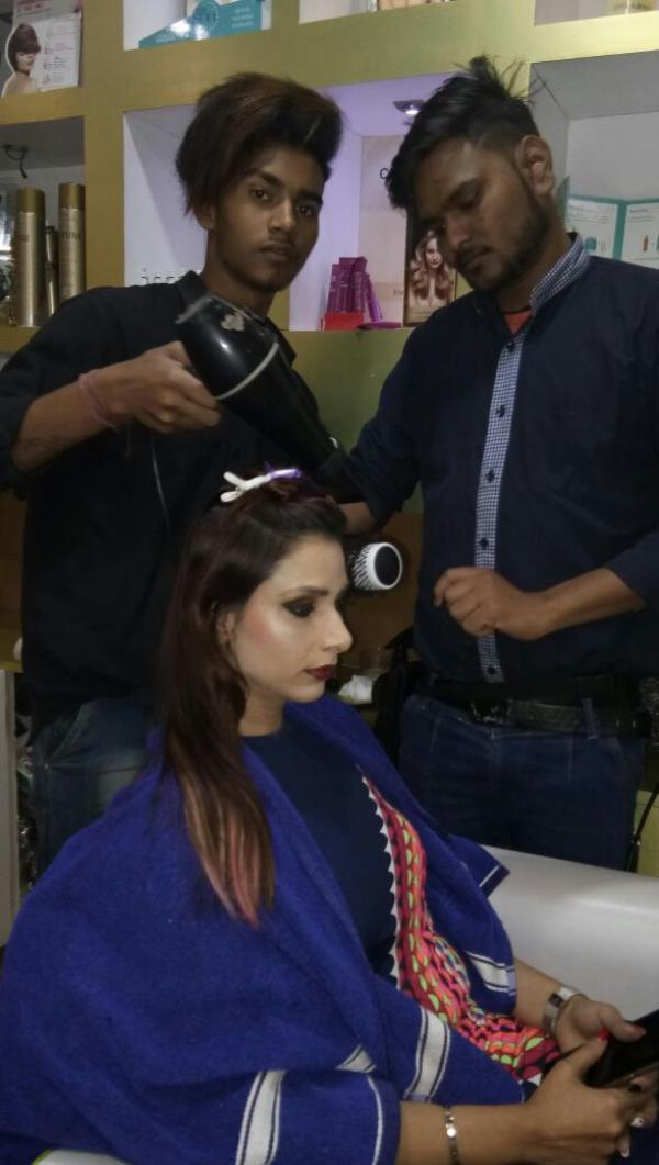Vedroop Unisex Salon