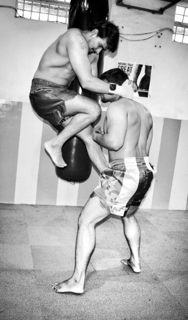 Muay Thai Kick Boxin