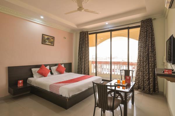 Hotel Om Palace 0803