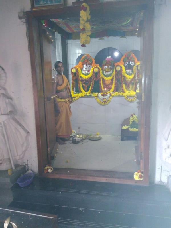Smart  Poojari - 8310473878 , 7204415866