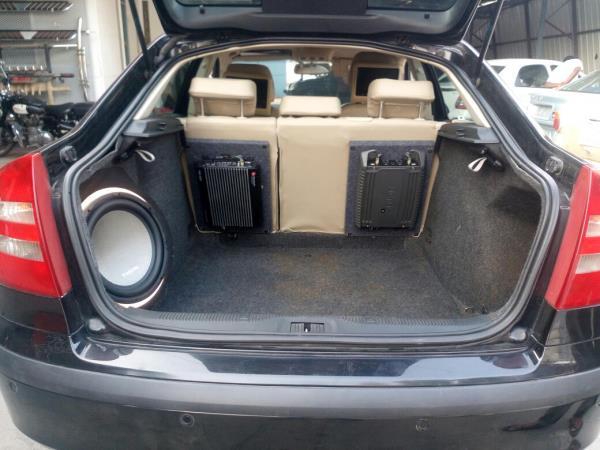 RM Car Decors